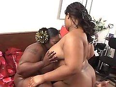 Chubby dark lesbian licks fat pussy