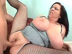 Chubby milf fucked by amateur dude