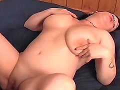 Chubby brunette w big boobs screwed