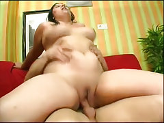 Hot guy massaging and inserting finger in cissy s pussy