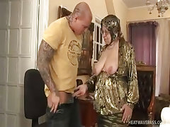 Sagging granny takes surprise young fuck